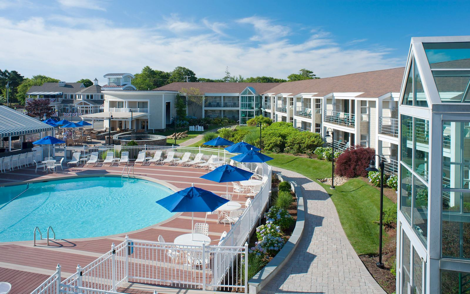 hyannis hotels cape cod