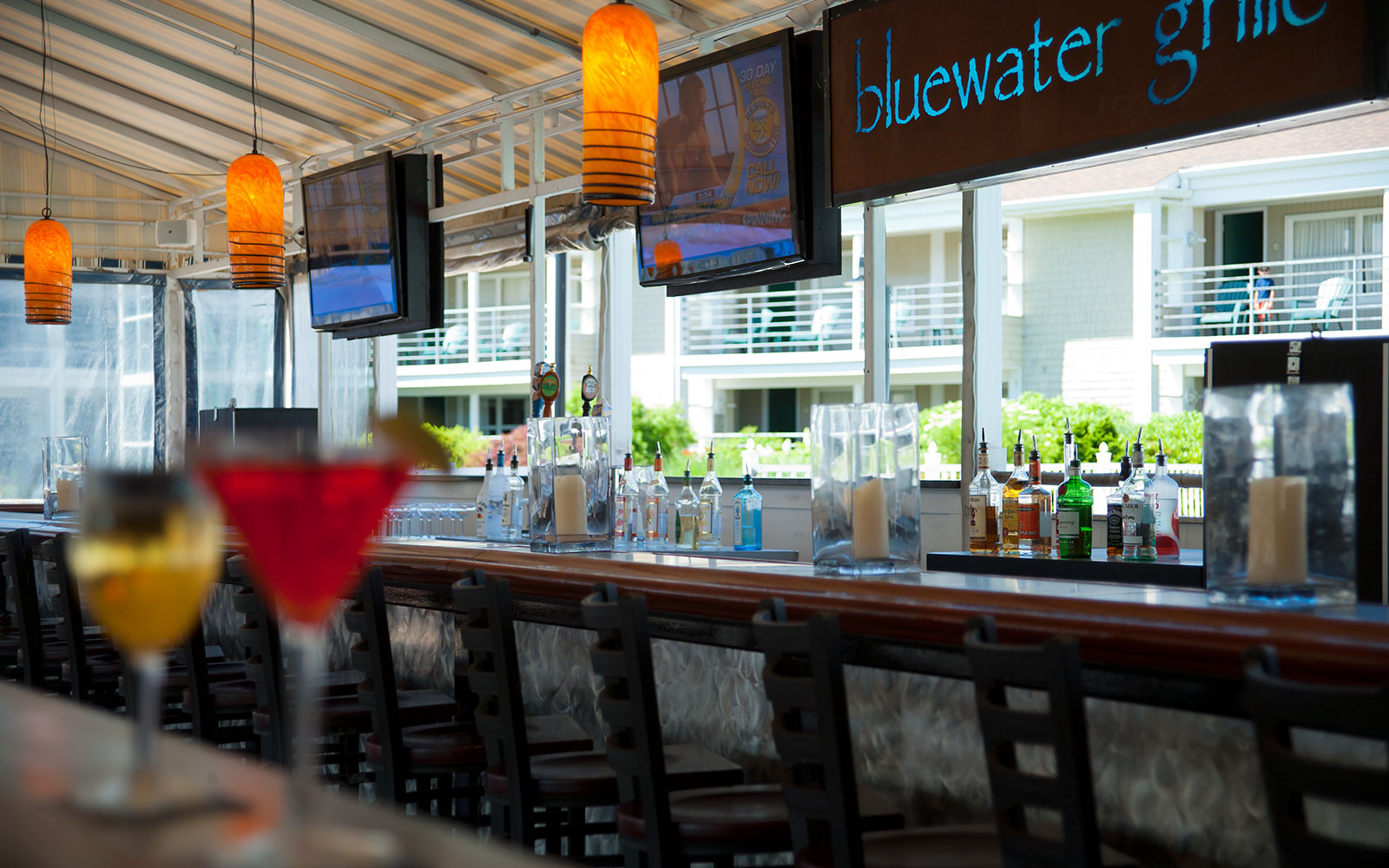 Cape Cod Hotels >> Watefront Hyannis, MA Dining - Hyannis Harbor Hotel