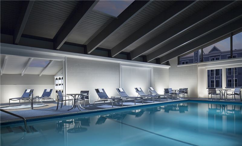 Massachusetts Hotel Indoor Pool & Hot Tub