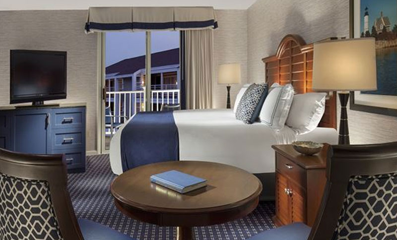 Hyannis Harbor Hotel One King Deluxe Rooms